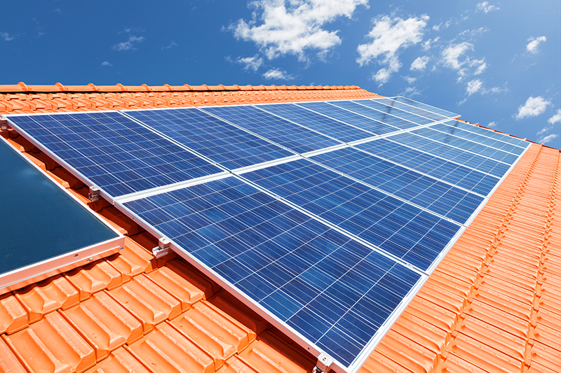 Quais as diferenças entre energia fotovoltaica e aquecimento solar de água?